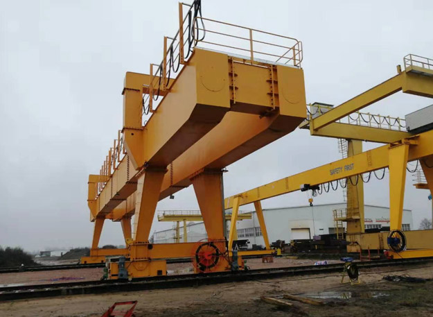 high quality outdoors gantry cranes delivered to qatar 2